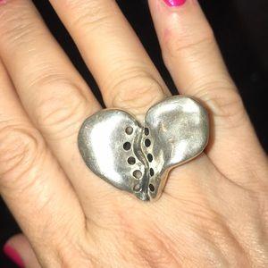 Uno de 50 New Statement Heart Ring